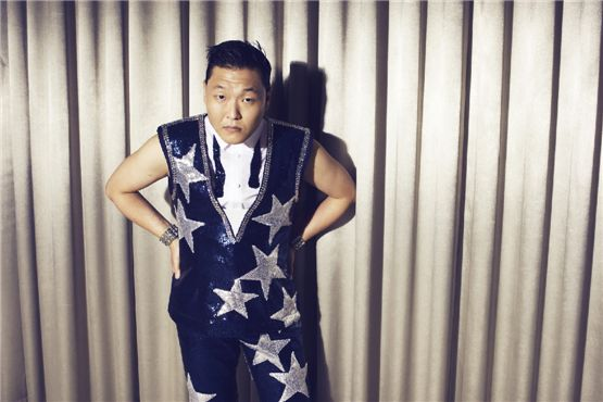 PSY Apologizes For Anti-American Lyrics in His Old Song