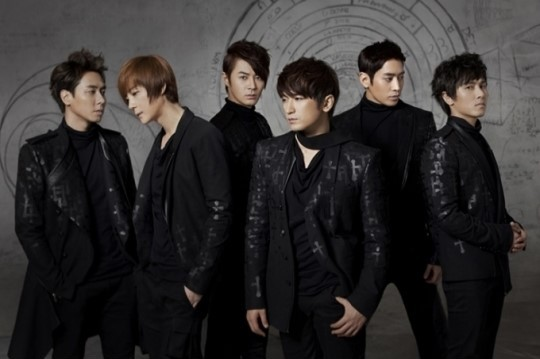 Shinhwa to Comeback in March 2013