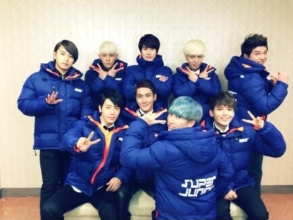 Super Junior's Members Show Off Their Padded Jumpers