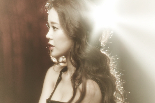 Baek Ji Young Collaborates with Brave Brother for Fun Summer Dance Single