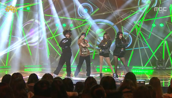 GLAM Makes Their Music Core Comeback Performance