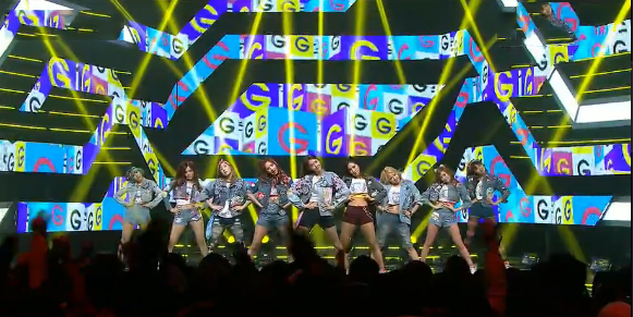"""Girls' Generation Performs Their Goodbye Stage for """"I Got A Boy"""" on Music Core"""