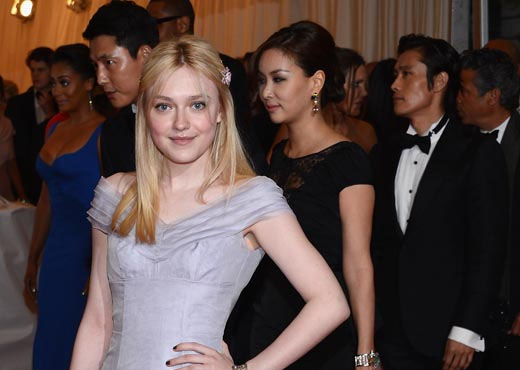 Dakota Fanning Compliments Go So Young For Her Beauty