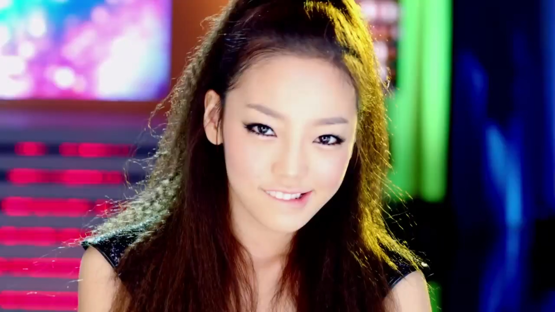 KARA's Goo Hara Thanks Fans for Birthday Wishes with Handwritten Letter