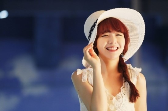 Girl's Day Minah Reveals Cute Pictures From Her Childhood