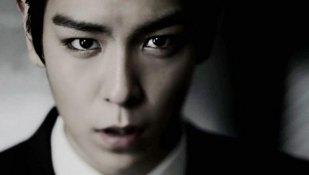 "Big Bang's T.O.P. Wraps Up Filming ""The Alumni"""