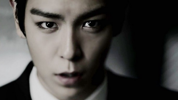 "Big Bang's T.O.P. Wraps Up Filming ""The Alumni"""