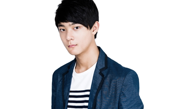 YG Entertainment's Actor Yang Hyun Mo Introduced as 2013's Rising Star