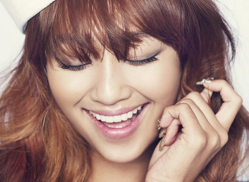 SISTAR's Hyorin Sleeps Naked?!