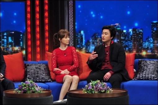 Ahn Jung Hwan vs Hyun Bin – Who Is Better Looking in the Advertisement?