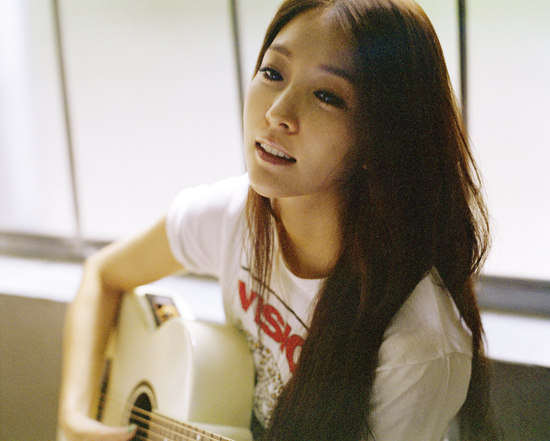 "BoA Successfully Finishes Her First Concert in Korea ""BoA Special Live 2013 – Here I Am"""