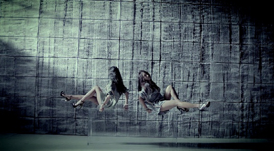 """SISTAR19 Does Sad Hip-Hop with """"Gone Not Around Any Longer"""""""