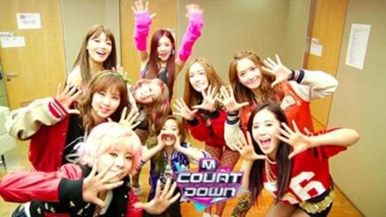 "Girls' Generation Inside ""M! Countdown"" Dressing Room Before Comeback"