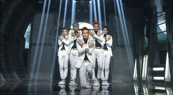 """VIXX Performs """"On and On"""" for Inkigayo Comeback"""