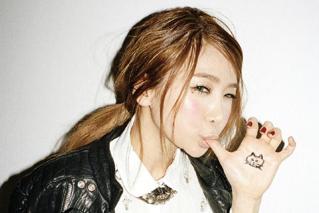 "Brown Eyed Girls' JeA: ""Brown Eyed Girls Spend More on Eating than Girls' Generation"""