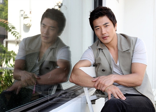 "Kwon Sang Woo: ""I've Been Used by Those Who Saw Me as Money"""