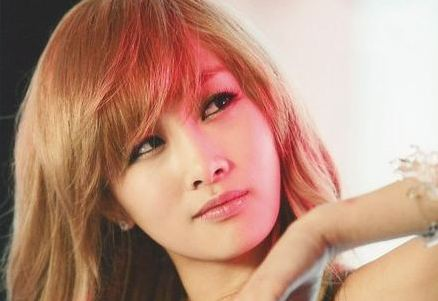 Nicole Joins Hands with Producer Sweetune for Solo Debut