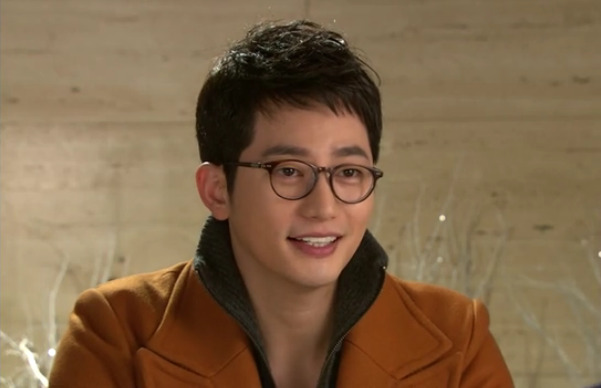 "Park Shi Hoo Thought About Dating ""A"" in the Past"