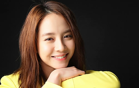"Actress Song Ji Hyo Tries Voice Acting for Animation Movie ""Marco Macacao"""