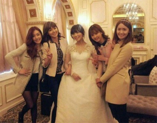 Girls' Generation Poses with Sunye at Her Wedding