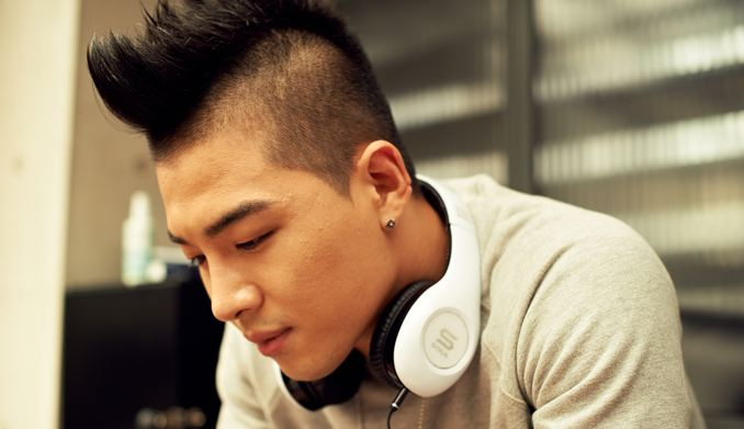 Taeyang Shoots Solo Album Jacket Photos in the U.S., Prepares for Comeback