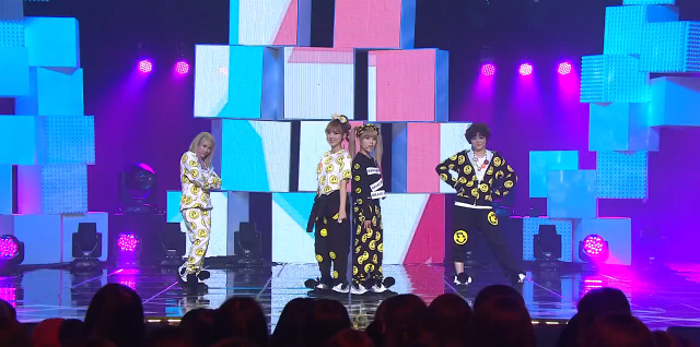 """Tiny-G Performs """"Minimanimo"""" for Music Core Comeback Stage"""