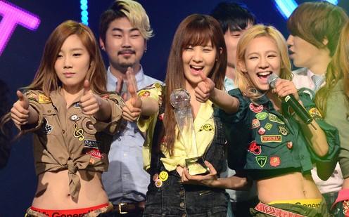 Mnet M! Countdown – January 17, 2012