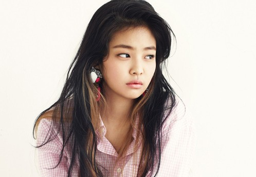 New Teaser Revealed of Jennie Kim from YG's Upcoming Girl Group!