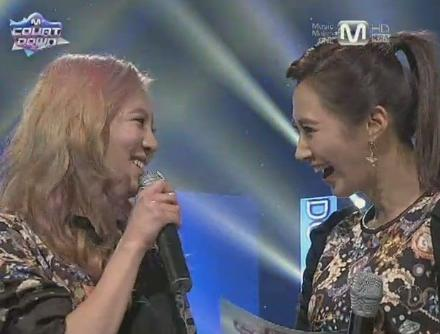 Girls' Generation's Yuri Bursts Out Laughing While Emceeing
