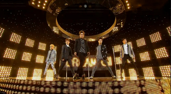 """SHINee Performs """"Dream Girl"""" and """"Beautiful"""" for Inkigayo Comeback Stage"""