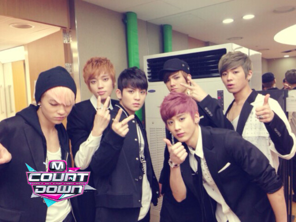 "Teen Top Makes Their Comeback Performances on M!Countdown with ""Missing You"" and ""Miss Right"""
