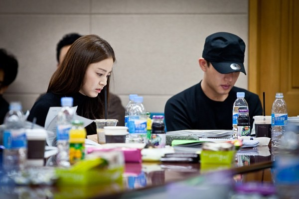 """""""Jang Ok Jung, Live in Love""""Cast Gathered for First Script Practice"""