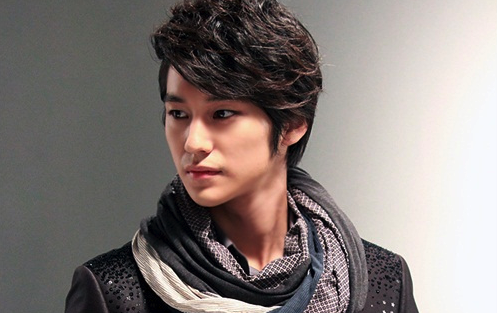 "Kim Bum, Hard at Work for His Role in ""That Winter, The Wind Blows"""