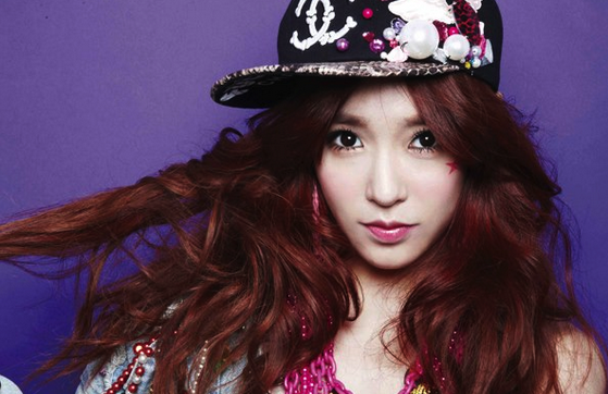 Girls' Generation's Tiffany Talks about Her Unique Pink Car