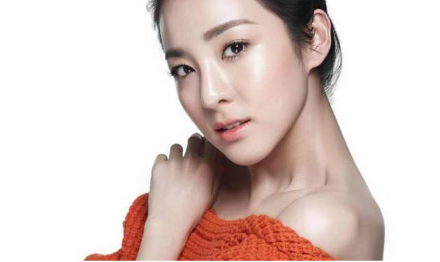 2NE1's Sandara Is the New Face of Clio