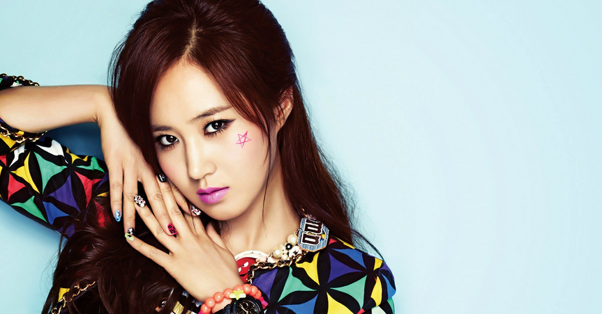 Girls' Generation's Yuri Supports Jessica by Attending Her Musical