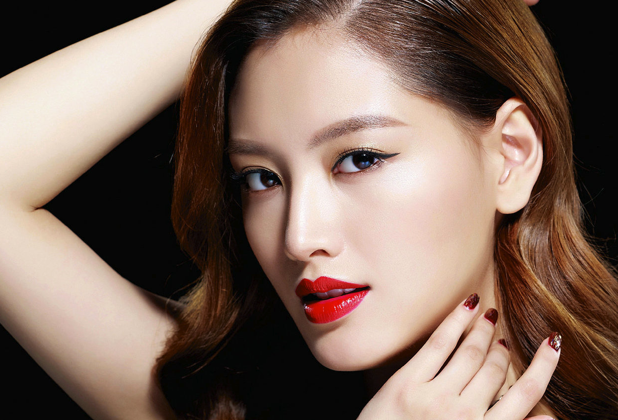 Rainbow's Jaekyung Slept A Total of 5 Hours in 5 Days Preparing For Comeback