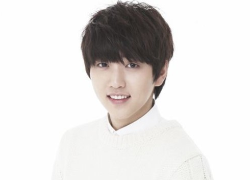 B1A4's Sandeul Receives Knee Surgery