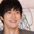 """Super Junior's Choi Si Won Confirmed As First Guest on New """"Strong Heart 2"""""""
