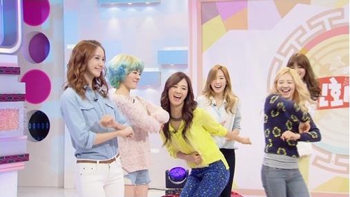 "Girls' Generation Appears on ""Shinhwa Broadcast"""