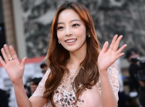 Goo Hara Reveals Pictures of Herself After Surgery