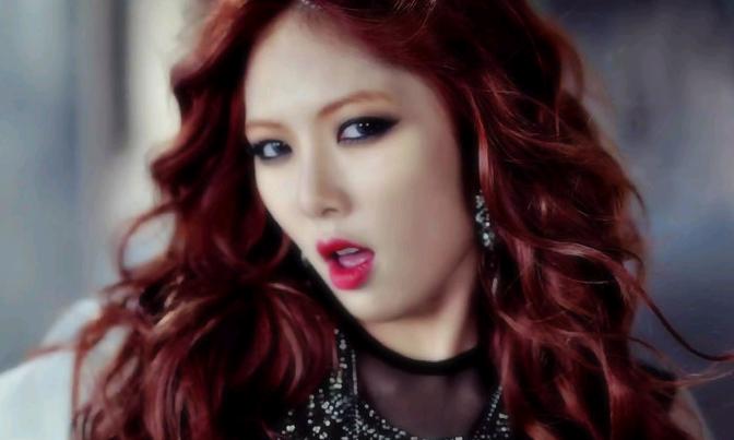 "HyunA Reveals Her Favorite ""Trouble Maker"" Parody | SoompiHyuna 2013"