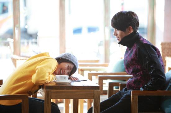 Ha Ji Won And Hyun Bin 2013 Ha Ji Won and Hyun Bin...