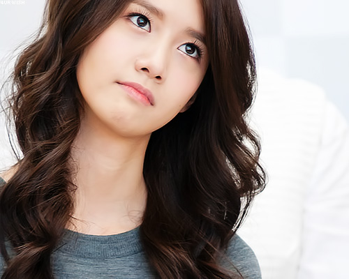 Girls' Generation's YoonA Has a Malaysian Doppelganger
