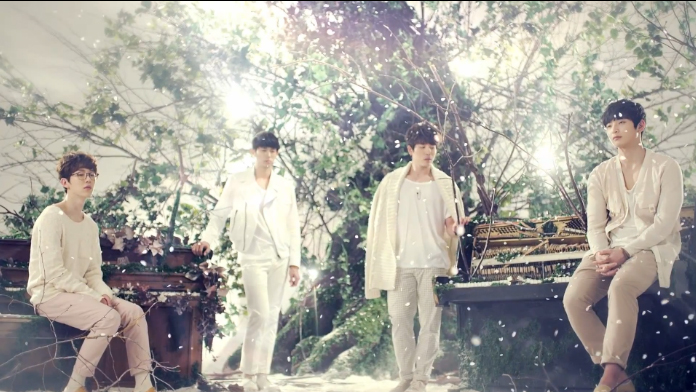 "2AM Releases Comeback MV ""One Spring Day"""