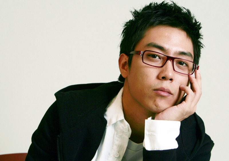 Eun Ji Won Slightly Refers to His Recent Divorce