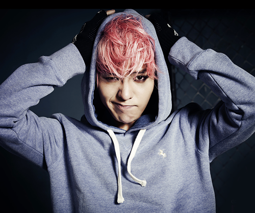 [SNS PIC] G-Dragon Gives a Taste of His New Look for Upcoming Single