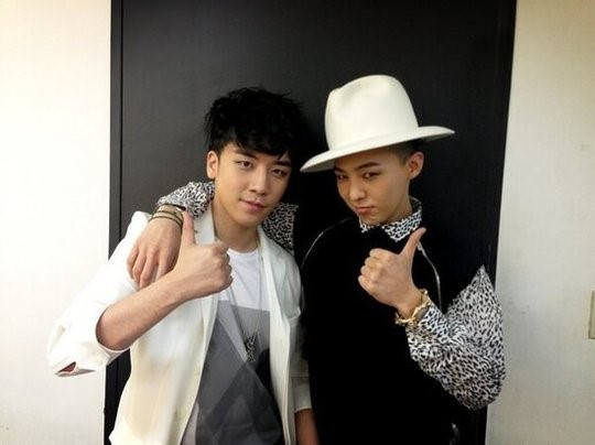 G-Dragon And Seungri Strike A Humorous Pose