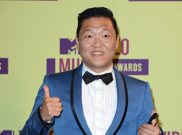 """PSY Performs in Melbourne for """"Future Music Festival"""""""