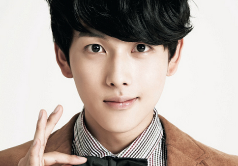ZE:A's Im Siwan Talks about His Love for Shoe Risers